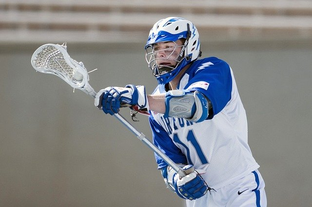 best lacrosse head for attackers